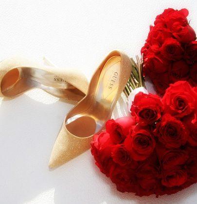 Bukiety ślubne z róż.