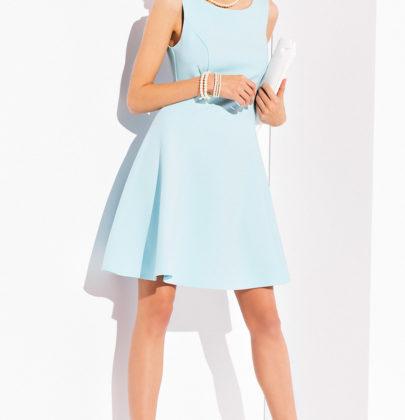 Poszukiwania idealnej sukienki na wesele.