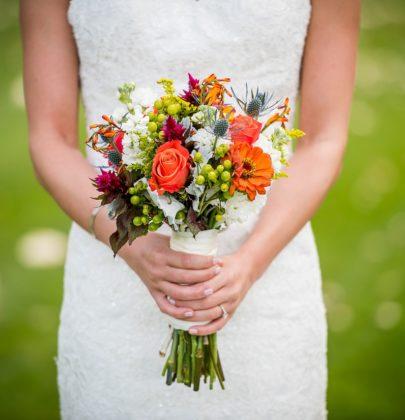 10 propozycji kolorów dla bukietów ślubnych
