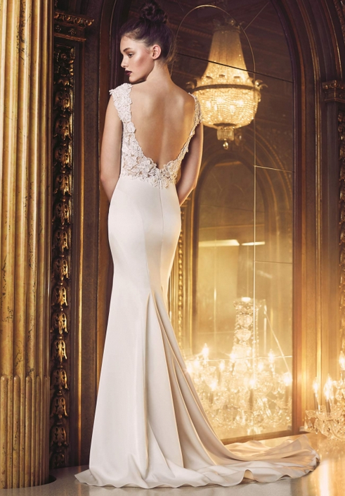 Suknia ślubna Style 4706