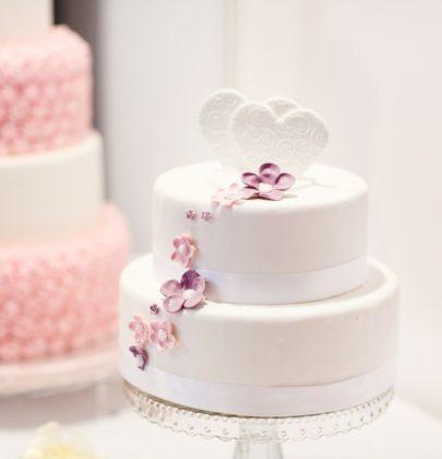 Szarość i pudrowy róż, czyli idealne barwy przewodnie Waszego pięknego ślubu i wesela!