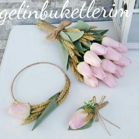 bukiet ślubny tulipany