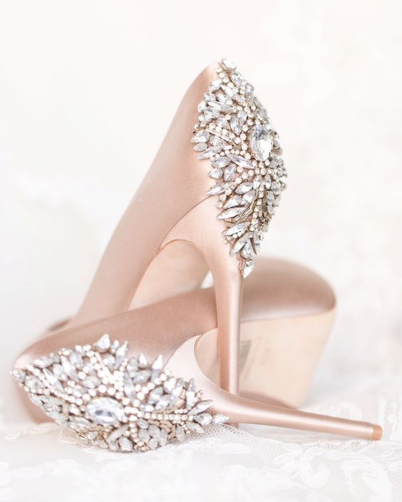 kolory butów ślubnych