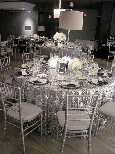 przyjęcie weselne w kolorze srebrnym