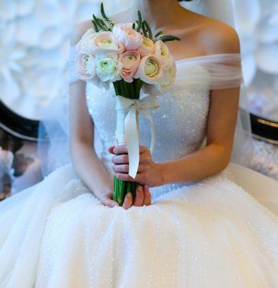Na jaki typ sukni ślubnej postawić w 2018 roku? TO jest modne!