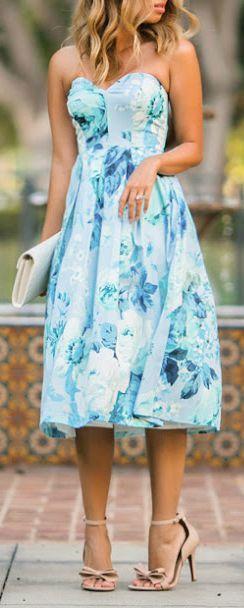 suknia w kwiaty