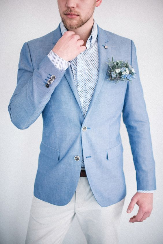 błękitny garnitur ślubny