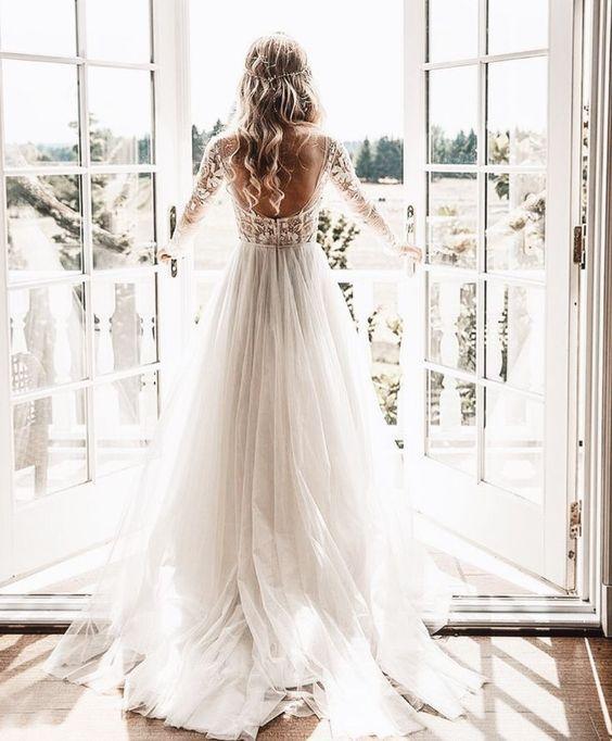 suknie ślubne odkryte plecy