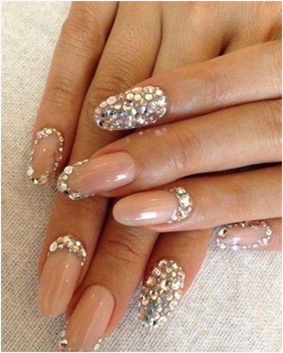 manicure ślubny Bogate zdobienia