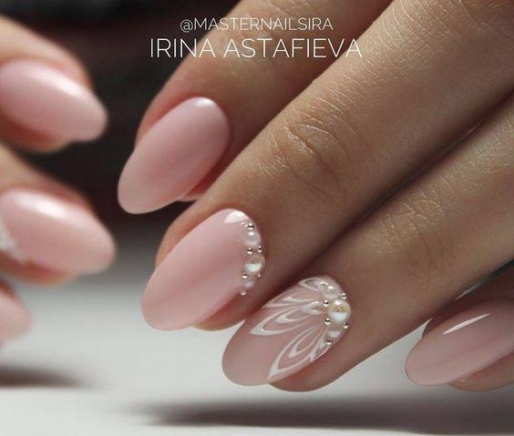 manicure ślubny Delikatne wzorki