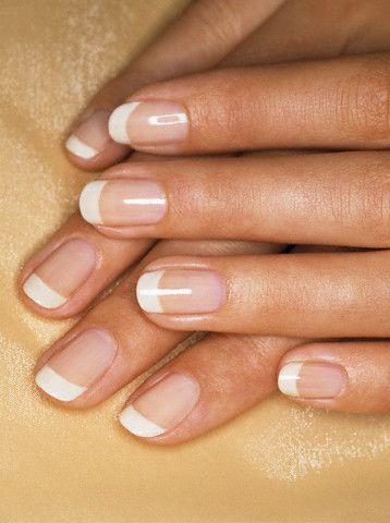 manicure ślubny Klasyczny french