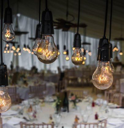 Gdzie warto urządzić przyjęcie weselne? Najmodniejsze propozycje!