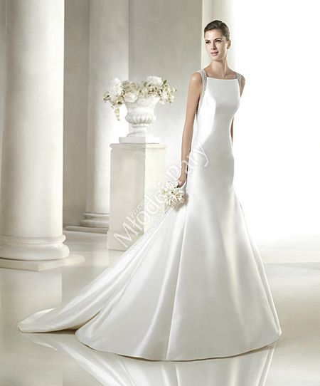 minimalistyczna suknia ślubna