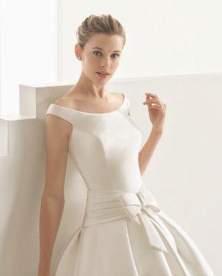 minimalistyczna suknia slubna