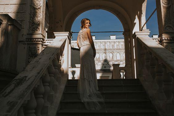 Sesja poślubna w pałacu