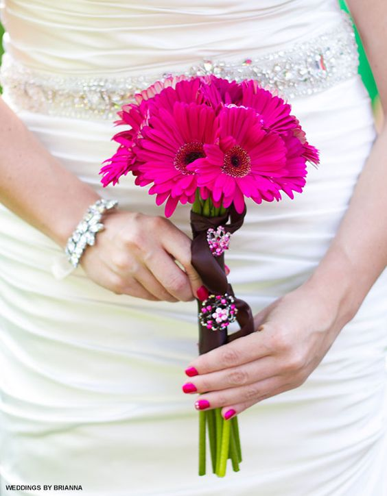 Intensywny kolor paznokci